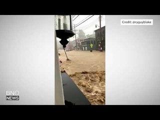 Severe flash flooding hits Ellicott City in Maryland