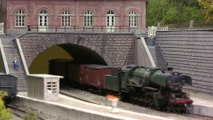 "Model Railway Diorama ""Les Robertmonts - Rue des Thermes"" in HO scale by Pascal Hubert - Video made by Pilentum Television - The World of Model Trains"