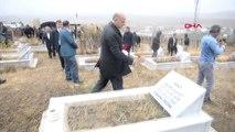 Erzurum Terör Örgütü PKK'nın, Erzurum'da Katlettiği 33 Şehit Mezarları Başında Anıldı