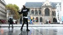 Grâce à son moonwalk, la vidéo de ce danseur fait le tour du monde