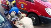 Civic bate contra ciclista na Av. Brasil