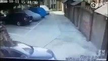 Pas de places au Parking ? Poussez la voiture déjà garée !