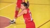 Ora News - Basket femra/ Tirana mposht mes drithërimash Flamurtarin, merr kreun