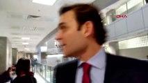 İstanbul Oyuncu Mehmet Aslan, Cumhurbaşkanına Hakaret Suçundan Hakim Karşısına Çıktı