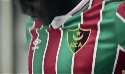 Umbro présente le nouveau maillot du Mouloudia Club d'Alger