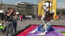 Ciudad de México dedica ofrenda de Día de Muertos a migrantes