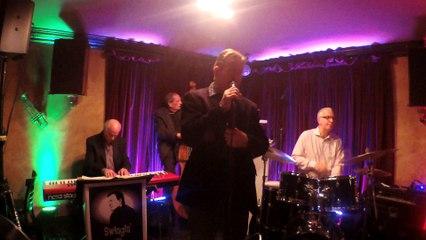 Frank Lamphere and trio - Wave   (Jobim)