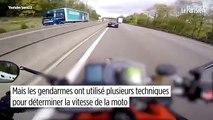 Les gendarmes déterminent la vitesse d'une moto après une course-poursuite postée sur YouTube