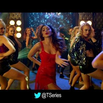 Cheez_Badi_Video_Song___Machine___Mustafa___Kiara_Advani___Udit_Narayan___Neha_K
