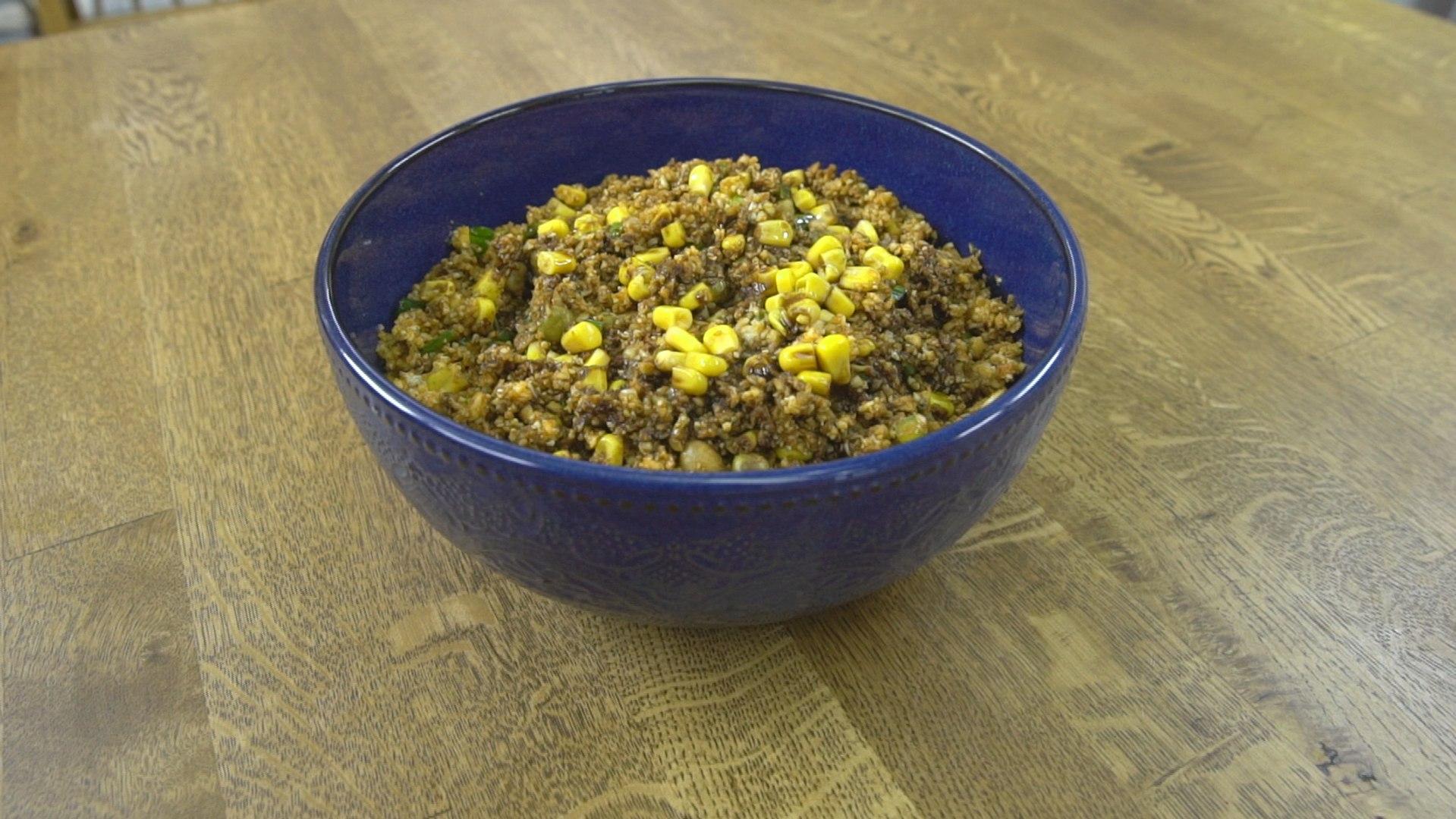 Nohutlu ve Bezelyeli Karnabahar Salatası Tarifi