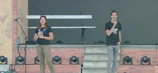 Prise de parole de Justine et Karl de Solidarité Sida // Prévention auprès des festivaliers
