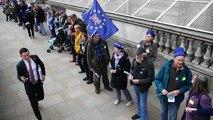 Droits des citoyens : une chaîne humaine jusqu'à Downing Street