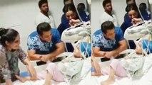 Salman Khan meets fans suffering from Cancer; Watch video | FilmiBeat