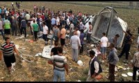 Hatay'da feci kaza: 6 ölü 25 yaralı... Kaza yerinden ilk görüntüler