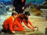 Lost In Space S02 E23  Treasure Of The Lost Planet