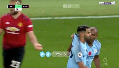 Riyad Mahrez reçoit une remontrance de Fernandinho