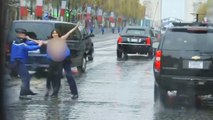 Paris : le convoi de Trump perturbé par des militantes Femen