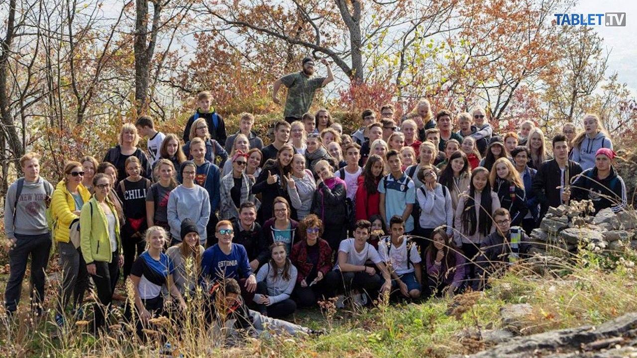 ŠKOLSKÉ SPRÁVY: Čarovná komnata a Jesenná akadémia