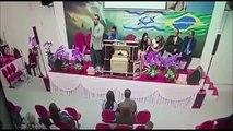 Igreja transmite em rede social momento em que pastor é baleado em culto em Mogi