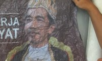 "Dialog: Kontroversi dan Teka-Teki Poster ""Raja Jokowi"""