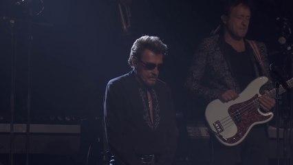 Johnny Hallyday dédie aux victimes son concert à Strasbourg le 14 novembre 2015