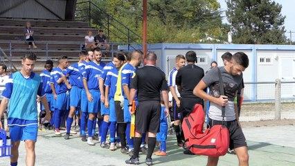 L'école de foot pour le coup d'envoi du match SJ Macau-Le Taillan AS Coupe Nou. Aquitaine