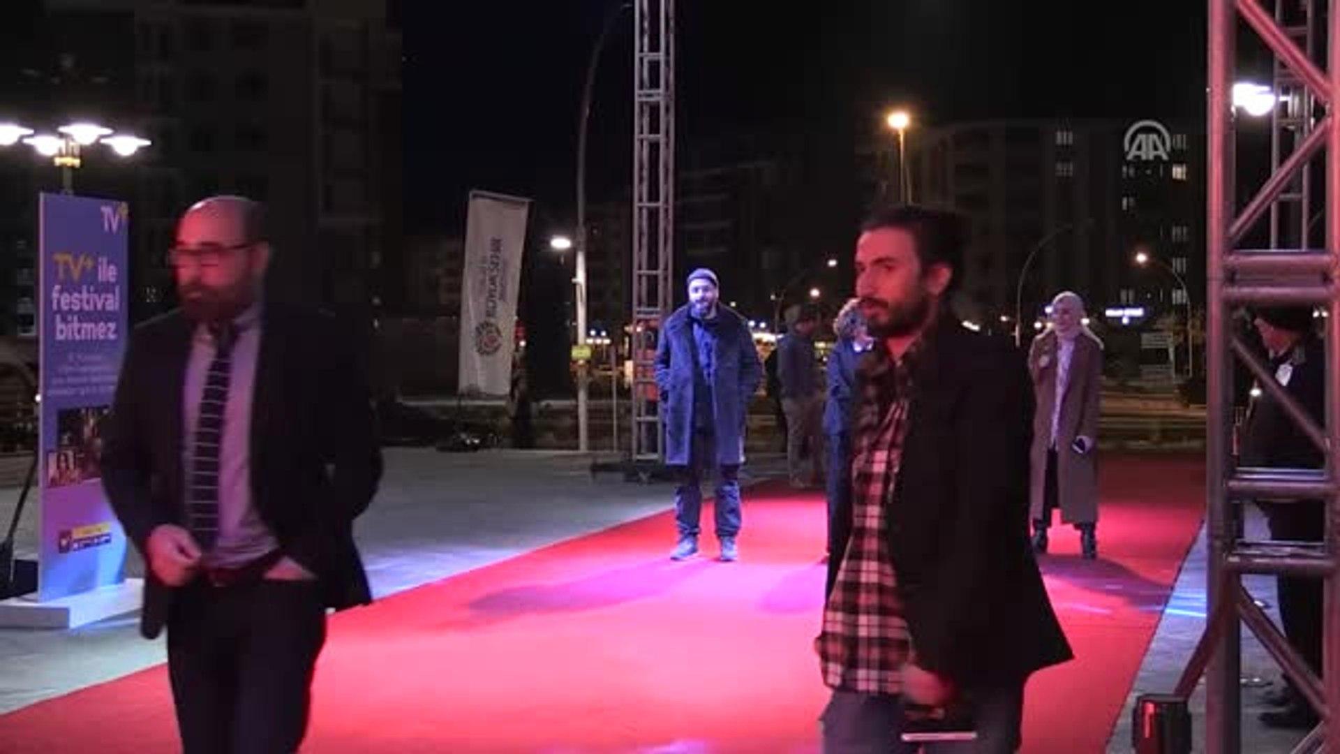 8. Malatya Uluslararası Film Festivali - Kırmızı Halı Geçişi
