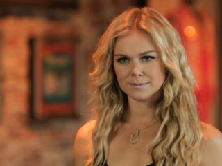 Laura Bell Bundy - I'm No Good (For Ya Baby)