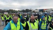 250 Gilets jaunes à une marche pacifiste à Douarnenez