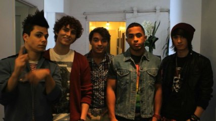 Midnight Red - Behind The Scenes Of The Photoshoot