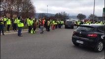 FRANCHE COMTE Gilets jaunes dans le Haut Doubs Chants et solidarité
