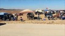 Un 4x4 à contresens pendant le rallye-raid Baja 1000