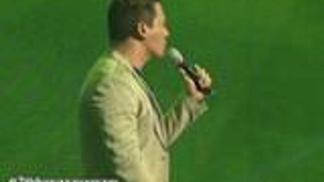 Erik Santos sings for Baby Boy and Girl love story