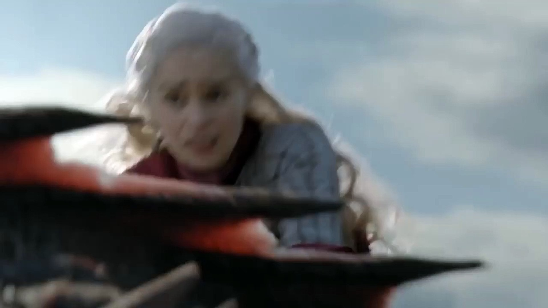 Game of Thrones S8E4 - Rhaegal is killed by Euron and the Ironfleet  gameofthrones