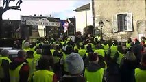 Gilets jaunes:  à Belley, on chante la Marseillaise