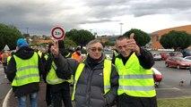 Insolite Napoléon Macron rejoint les Gilets jaunes
