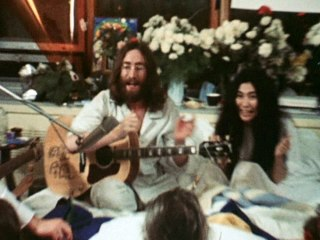 The Plastic Ono Band - Give Peace A Chance