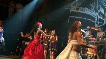 Terra Samba - Pout-Pourri Afro: Depois Que O Ile Passar / Brilho De Beleza / Ladeira Do Pelo