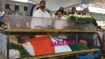 Ambareesh : ಕಂಠೀವರ ಸ್ಟುಡಿಯೋದಲ್ಲಿ ಅಂಬರೀಶ್ ಅಂತ್ಯಕ್ರಿಯೆಗೆ ತಕರಾರು | FILMIBEAT KANNADA