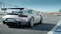 Three bad dudes - Mark Webber, Walter Roehrl and the Porsche GT2 RS on the track