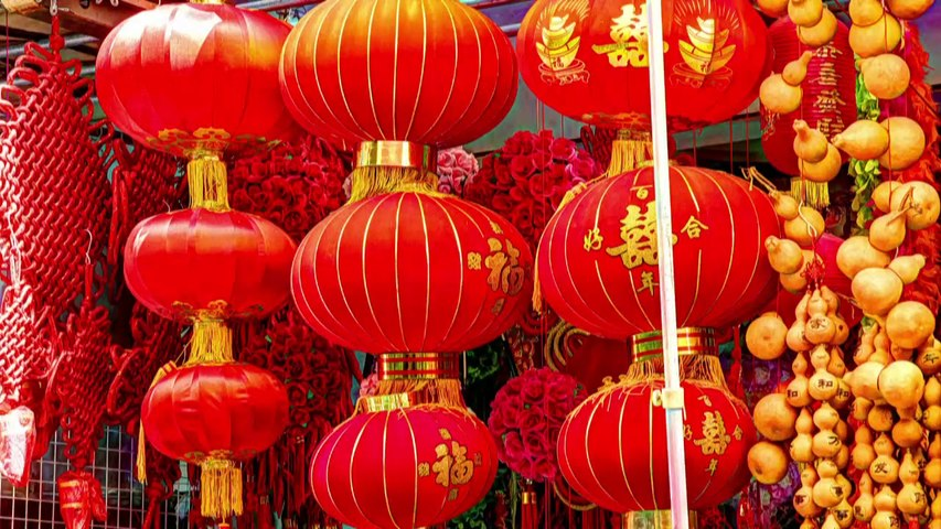 PARADOX Visiting friends in China
