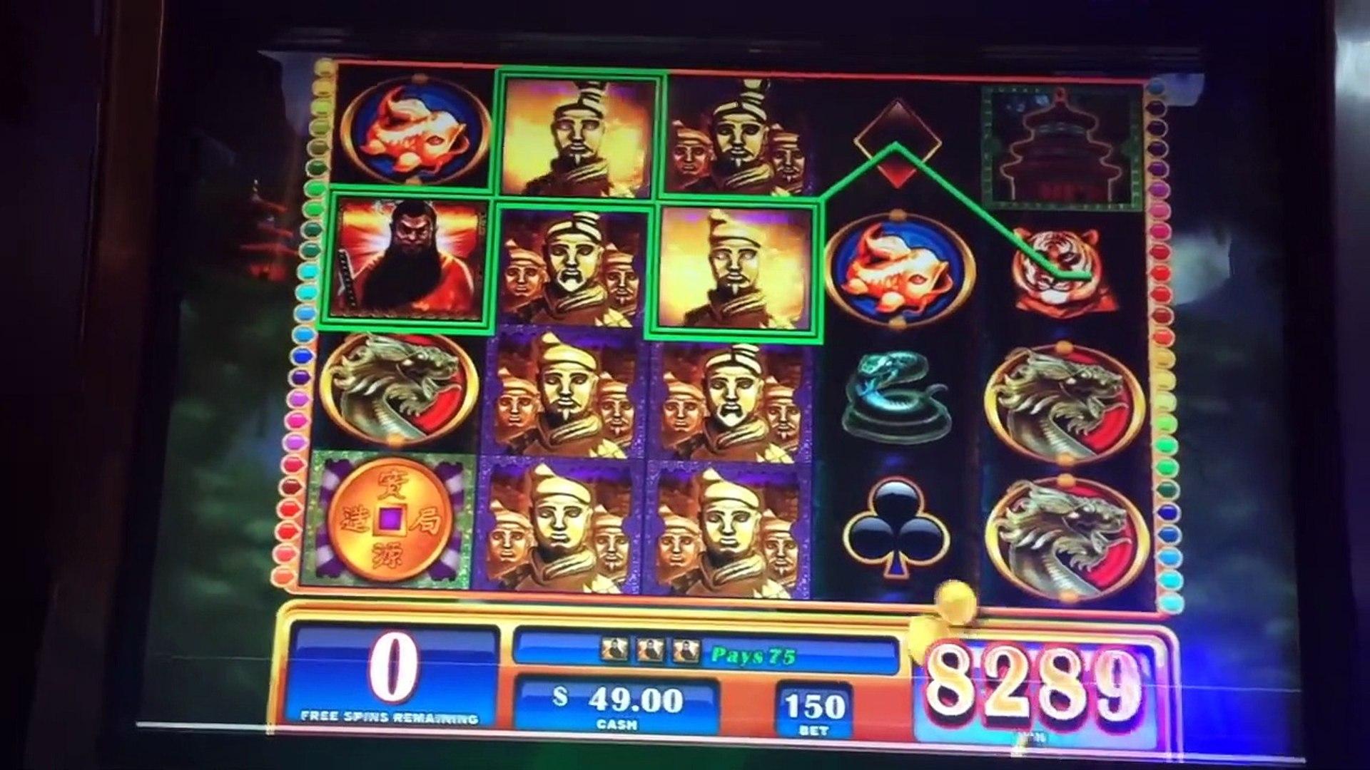 $100,000.00 In Slot Machine Wins! Casino