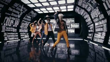 SHINee - Breaking News