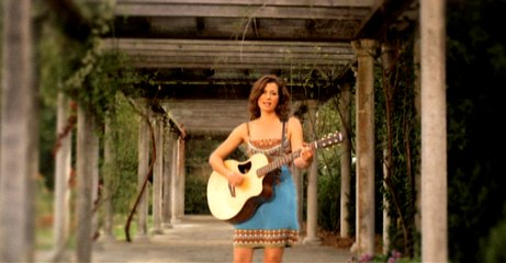 Amy Grant - She Colors My Day