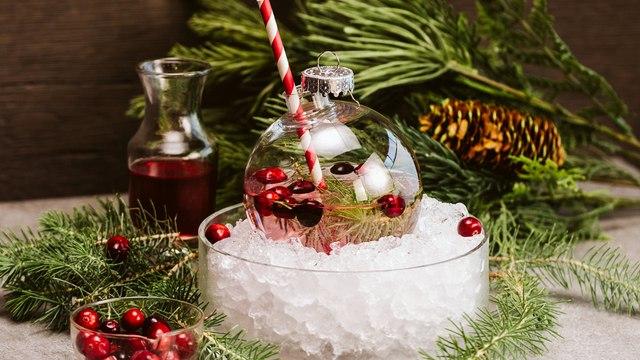 Jingle Ball Cocktail Recipe - Liquor.com