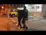 PRF prende falso policial com carro roubado, drogas e armas de fogo
