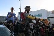 VIDEO. Tours: Les Grandes Personnes de Bonomo déambulent au Sanitas