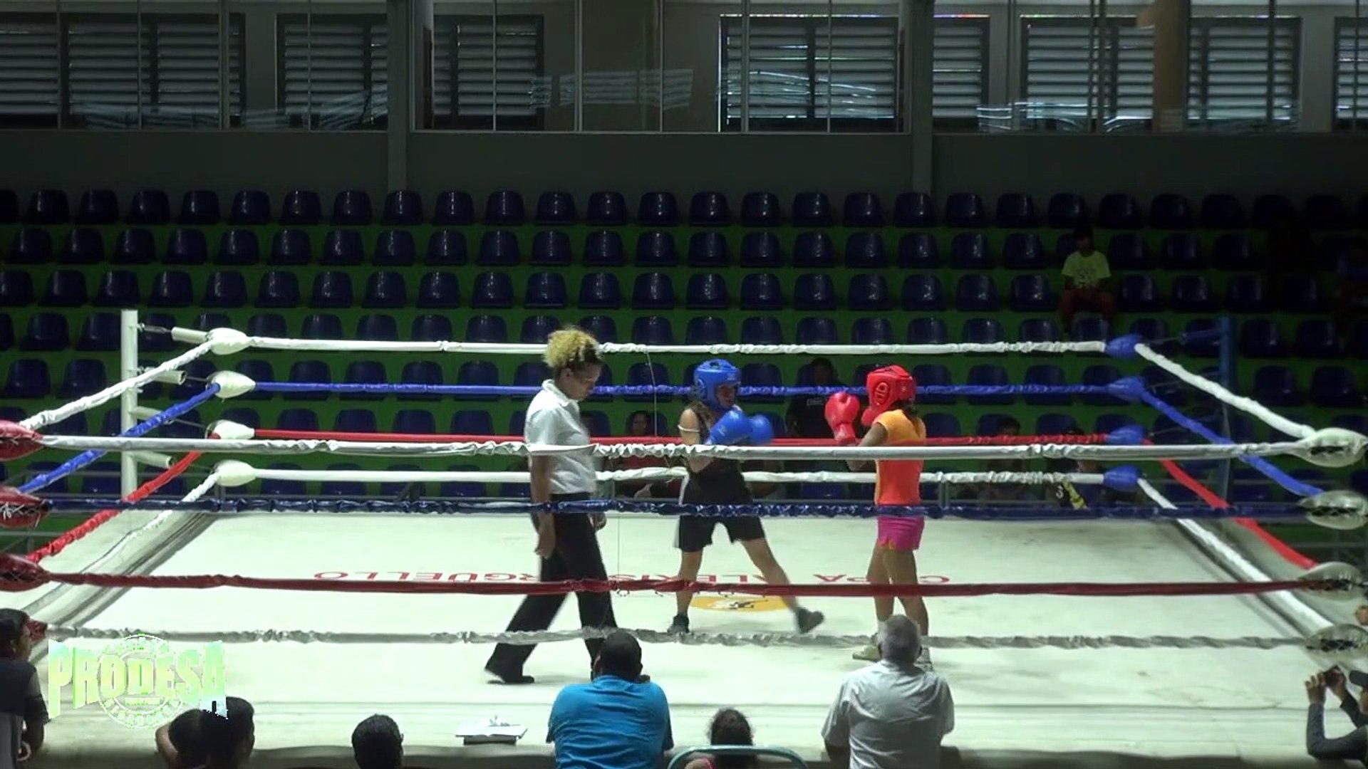 Vannessa Ortiz VS Angelica Carrillo - Boxeo Amateur - Miercoles de Boxeo