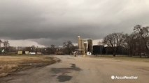 Sirens sound out as tornado forms