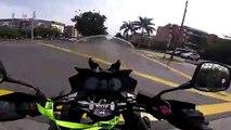 Un motard se fait percuter par une femme en scooter (Mexique)